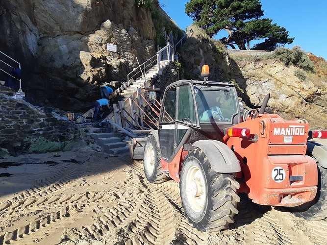 Réparation et coulage d''un escalier béton pour accès plage - Dinard - 35 20181005103658