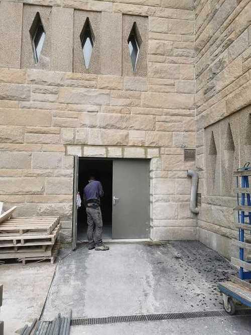 Raccord en pierres de taille sur façade du Grand Palais - Saint-Malo 7259010930874702812796238062201476325310464n