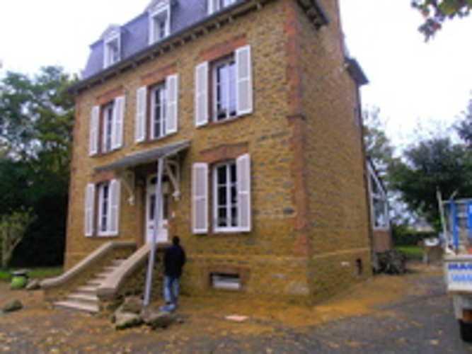 Rénovation et rejointement façade maison en pierre 0