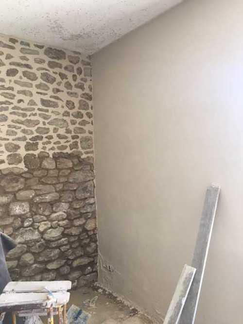 Rénovation de joints pierre et badigeons intérieurs img1637