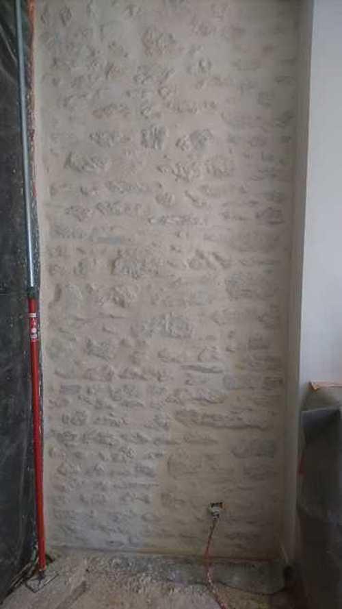 Rénovation de joints pierre et badigeons intérieurs img1646