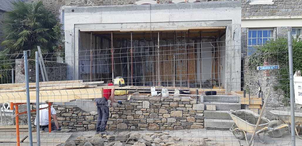 Rénovation et maçonnerie d''une maison bord de mer - Port de la Richardais 20180426110500
