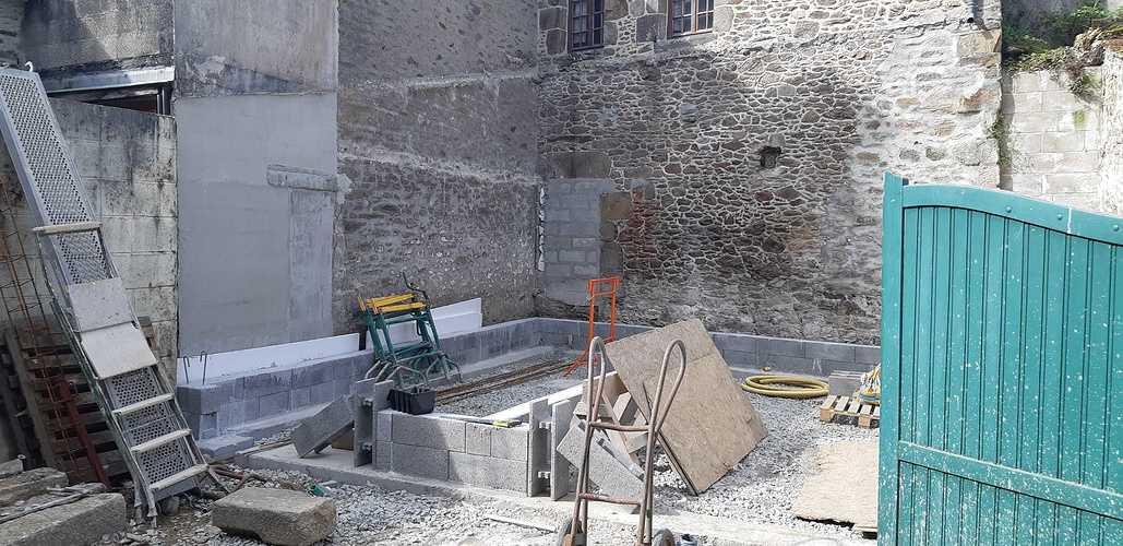 Rénovation et maçonnerie d''une maison bord de mer - Port de la Richardais 20180426110822