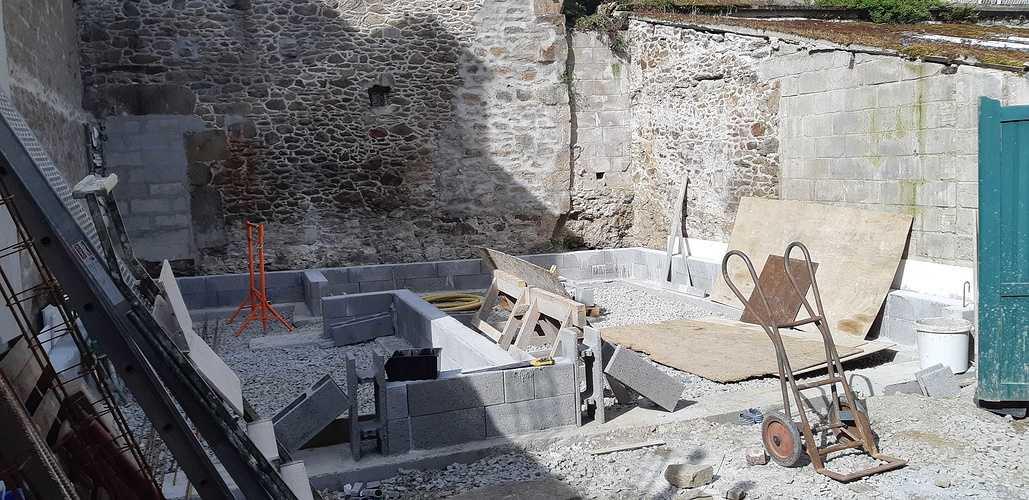 Rénovation et maçonnerie d''une maison bord de mer - Port de la Richardais 20180426110836